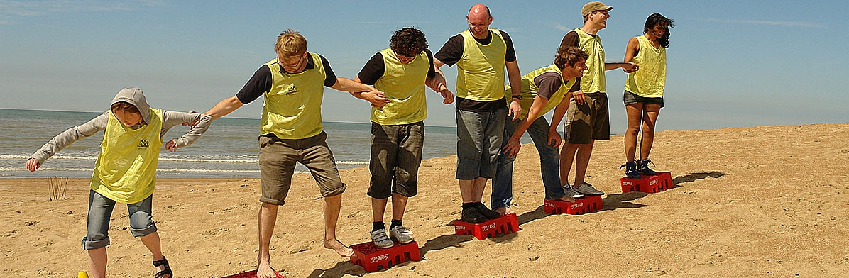 Teambuilding on the beach